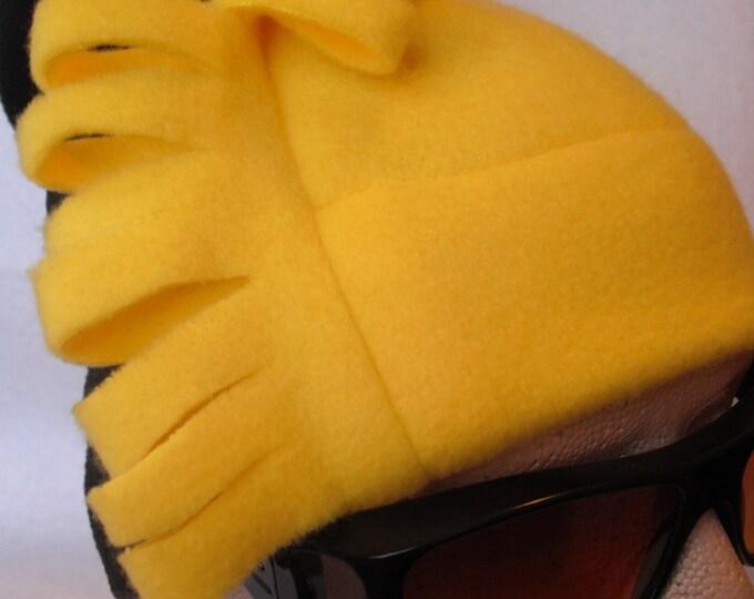 MENS Fleece Hat   Black and Yellow