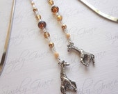 Charming Giraffe .. beaded bookmark with pewter giraffe charm
