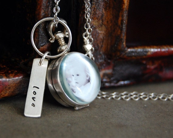 Mini Antique Round Photo Locket Necklace - Custom with one word tag
