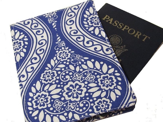 Passport Cover Blue Delft for the For the traveler, dad or grad