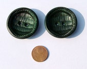 GREEN FOREST - vintage hard to find BIG buttons - set of 2 - 4cm\/1.8 inch