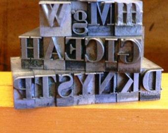 vintage letterpress ... PRINTERS TYPEFACE  misc FUN Alpha Grp A 15 21 pce