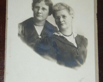 Vintage photo - 2 women ...