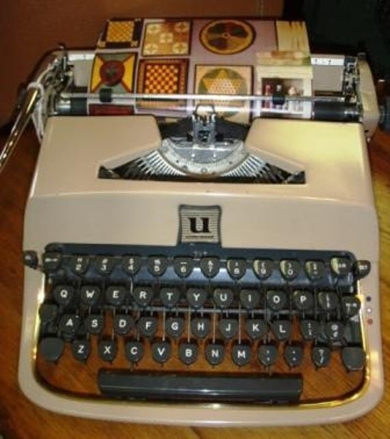 RESERVED For PROCURA Vintage Typewriter ... UNDERWOOD GOLDEN