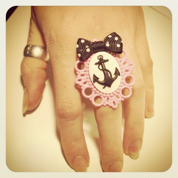 Large Old School Pin Up- Anchor ring, pink