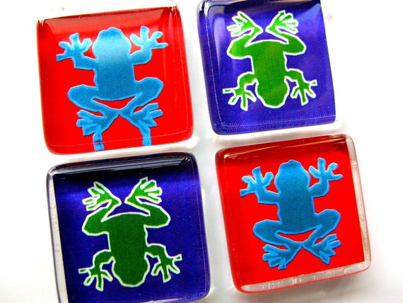 Glass tile magnets - Set of 4 Frogs