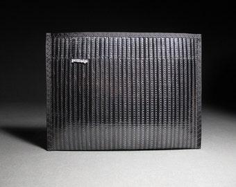 Carbon Fiber iPad Sleeve - Black - Mens Gadget Sleeve