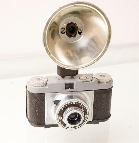 Spartus 35 Bakelite 1950s Vintage Camera
