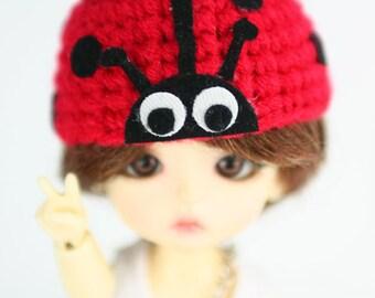 Lati yellow / pukifee ladybug crochet hat