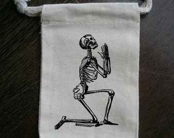 Praying Skeleton Halloween Muslin Party Favor Bag