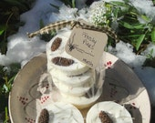 FROSTY Pines organic soy melting tarts with pine needles & cones scented pine blend