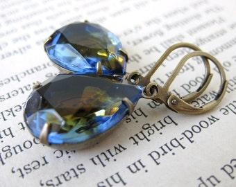 Vintage Rhinestone Earrings. Montana Topaz Cuba Glass Jewels in Antiqued Brass