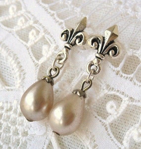 Marie Antoinette Vintage Pearl Earrings Ivory Teardrops Fleur de Lis Silver Post Earrings