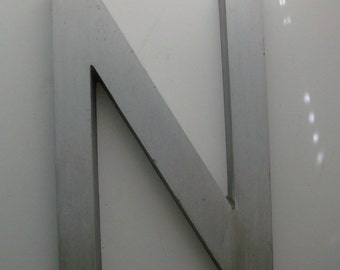 N Architecural Salvage Sign Letter (Code b)