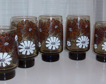 Five Brown and White Daisy Drinking Glasses by Libby