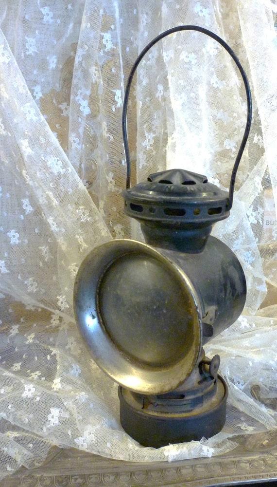 ON HOLD for r r light the way old kerosene carriage lantern