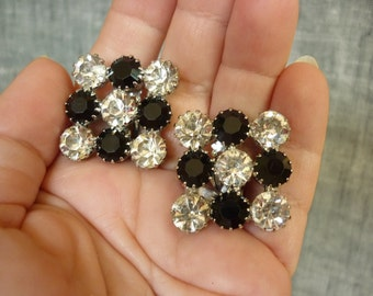 50s / 60s SQUARE Rhinestone Earrings in black and clear checkerboard CLIPS