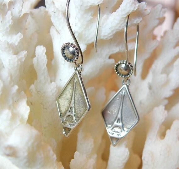 Sterling Silver Vintage-Style Eiffel Tower Earrings