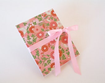 Accordion book - pink chrysanthemum chiyogami  (3x4in.)  - Ready to ship