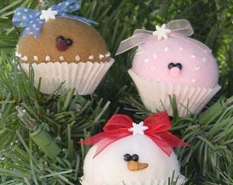 """PDF PATTERN . . . . . . Digital file. . . . . . . . . . . Coco, Berry and Nilla mini (2"""") cupcake ornaments 158Epdf"""