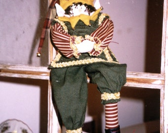 PATTERN  . . . . . . . . . . . . . . . . . . . . Randall the Elf