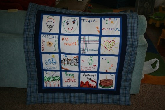small baby clothes quilt (16 items)