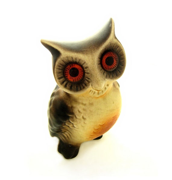 Vintage Big Eyed Wise Old Owl - Large Retro Ceramic Collectible Animal Statue - Tacky Home Decor - 1970s - Woodland Creature - Bird of Prey