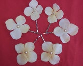 Hydrangea Ivory flower hair pins with tan pearls