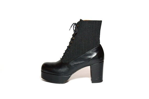 VTG French Black Leather Chunk Heel Platform Lace Up Ankle Boots 9.5