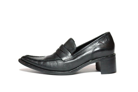 Vtg 90's Black Leather Chunk Heel Pointed Toe Loafers 6.5 7