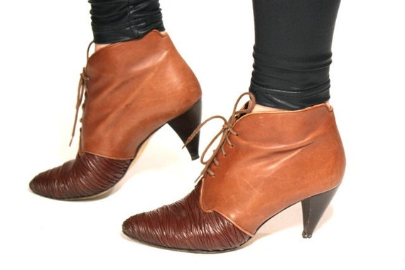 VTG 80's Lace Up TWO TONE Ruched Italian Leather Ankle Boots 7.5