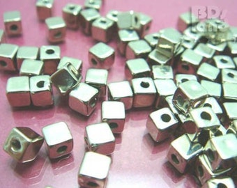 C106MZ / 72 Pc / 4 x 4 x 4 mm - Metalized Plastic Cube (S) Bead / Spacer Bead