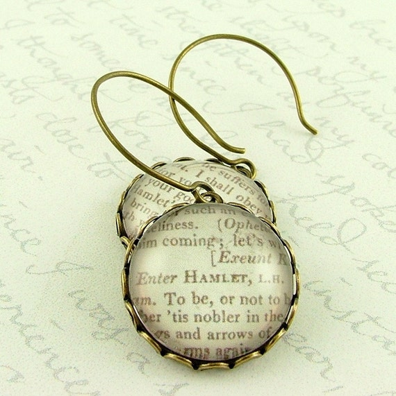 Hamlet Shakespeare Literary Quote Earrings - Old English