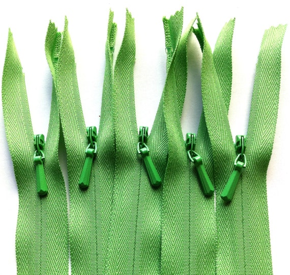 9 Inch INVISIBLE Zippers YKK 10 Pieces Color 536 Spring Green