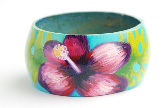 Tropical flower, Hawaii / Tiki bangle, hand-painted