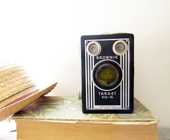 Vintage Camera Brownie Target Six-16