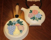 Vintage Kitchen Wall Hangings Fry Pan and Kettle