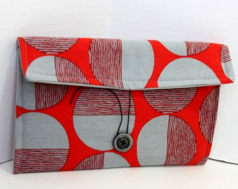 Nook or Kindle e-reader pouch - red and gray circles
