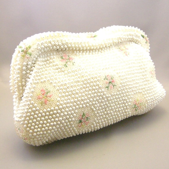 Vintage cream beaded clutch with floral embriodery