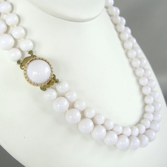 Vintage double strand white glass beaded necklace with matching clasp