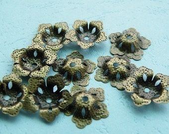 30pcs 16mm Antique Bronze Petals Shape Beads Caps h16