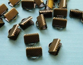 40pcs 10mm Antique Bronze Square Fasteners Clasps r09