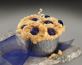 Blueberry Grubby Muffin Candle