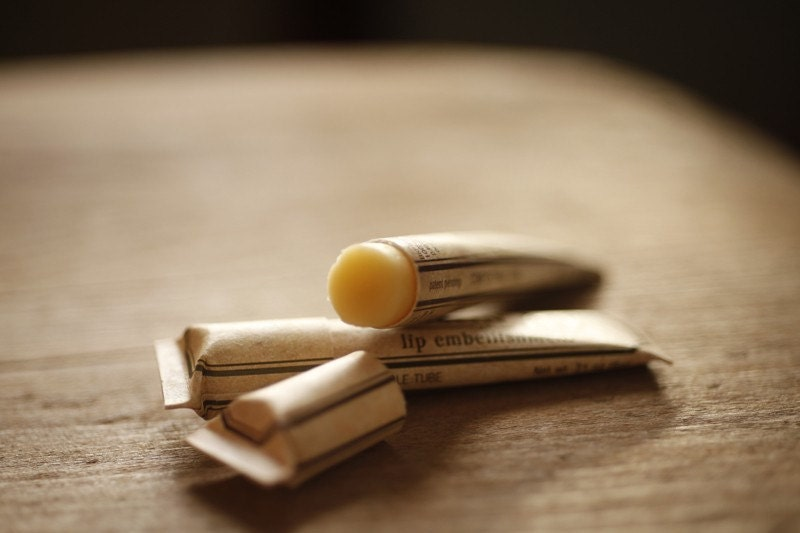 Rosewood Lip Embellishment With Beeswax Cocoa Butter Shea