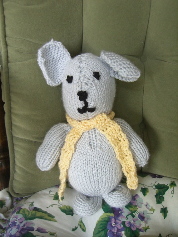 Crochet Mouse With Yellow  Scarf