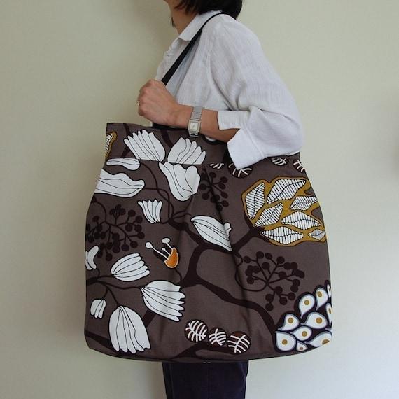 Funky Tree Weekender Bag