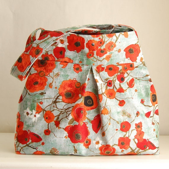 Bunch of Poppies Pleated Hobo 42 - READY TO SHIP