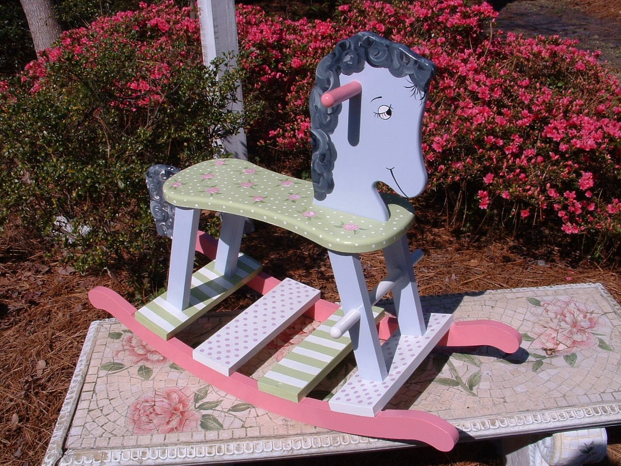how to paint a rocking horse
