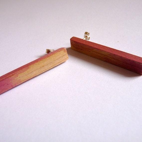 Rose pink maple wood earrings