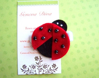 Felt Ladybug Hairclip in Red